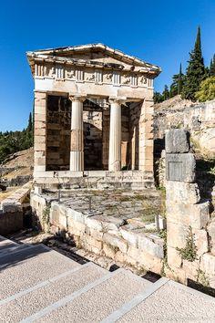 Beautiful ancient ruins in Delphi, Greece  #greece #ruins #europe #archaeology #delphi