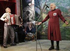 singing granny