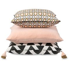 Arrow Cushion Cover w/Tassels Citta Design ($85) ❤ liked on Polyvore featuring home, home decor, arrow home decor and tassels home decor