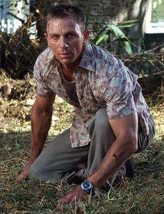 Daniel Craig ダニエル・クレイグ 007 Casino Royal 「007 カジノ・ロワイヤル」2006年 James Bond ジェームス・ボンド役 映画冒頭から16分47秒