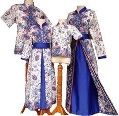 18 Koleksi Baju Batik Keluarga Modern Terbaik 2018 Model Baju Terbaru 2018 Kebaya, Duster Coat, Kimono Top, Couple, Modern, Jackets, Tops, Fashion, Moda