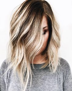Learn about these natural makeup for blondes tip# 6488 Blonde Hair Natural Makeup, Natural Makeup For Blondes, Hair Makeup, Eye Makeup, Balayage Ombré, Hair Color Balayage, Cut Her Hair, Hair Cuts, Blonde Tips