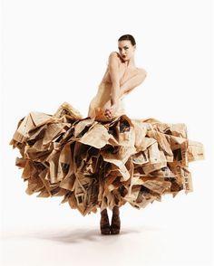 Gary Harvey robe en papier journal
