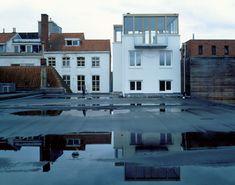 Tony-Fretton-.-Building-with-2-Duplex-Apartments-Children's-Theatre-.-GRONINGEN-4.jpg (2000×1574)