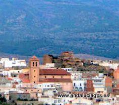 """#Almería #Fiñana - Iglesia de la Anunciación GPS 37º 9' 38"""" -2º 50' 36"""" / 37.160556, -2.843333   Construida en 1570. El interior es mudéjar pero presenta una fachada renacentista. Posee un museo con imaginería, reliquias de plata y la casulla donada por los Reyes Católicos."""
