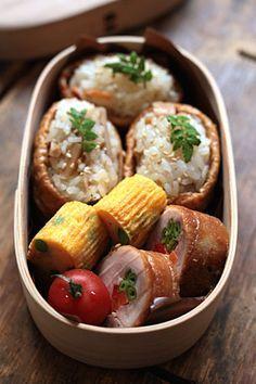 日本人のごはん/お弁当 Japanese meals/Bento いなり寿司弁当 Inari Sushi Bento
