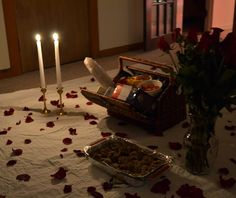 Romantic anniversary ideas for home