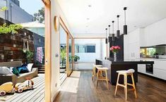 Home tour: colour, life and style