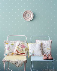 25 Amazing Polka Dot interior room. Designers! Design with Polka Dots! Fun rooms!
