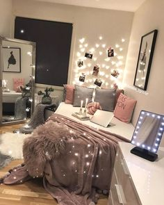 49 White Interior Design for you this winter - Luxury Interior - . - 49 White Interior Design for you this winter – Luxury Interior – - Cute Room Decor, Teen Room Decor, College Room Decor, Teen Bedroom Decorations, Bedroom Decorating Ideas, College Dorm Rooms, White Interior Design, Luxury Interior, Interior Ideas