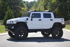 Gallery For > Lifted Hummer Sut
