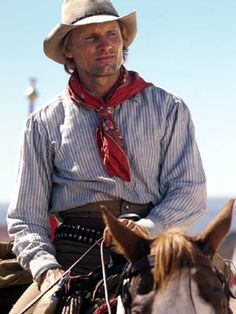 Viggo Mortenson - He made a sexy cowboy in Hidalgo.