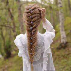 Timeless and elegant hairstyle  Love it!  Double tap if you like it ... . . Hairstyle by @aurorabraids . . #weddingforward #wedding #bride #instahair #weddingday #loveauthentic #sydney #valentino #bridallook #weddinginspiration #instawedding #hairpost #weddingideas #weddingphoto #weddingtime #instabride #hairdresser #weddingblog #hairaccessory #hairstyle #hairdo #bridalmakeup #bridalhair #weddinghair #weddinghairstyle #hair #hairinspo #fashionable #chic #stylish