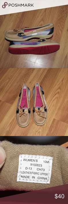 Pink plaid sequin sperry boat shoes Brand new sperry boat shoes with pink plaid pattern on the side in sequins. A bit of scuffing on the toe from storage without a box, but otherwise in great shape. Never worn and still have the price sticker on the sole.   *pet free smoke free home *bundle discounts *usually ships next day *no reserves/swaps Sperry Top-Sider Shoes Flats & Loafers
