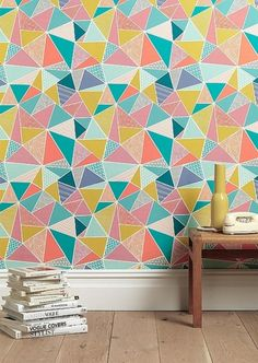 The Tress design creates tessellating geometric shapes to form a dynamic and engaging pattern. Inspired by Eastern pattern, and hand-drawn in the Sian Elin sign Modern Wallpaper, Geometric Wallpaper, Print Wallpaper, Amazing Wallpaper, Midcentury Wallpaper, Office Wallpaper, Wallpaper Patterns, Graphic Wallpaper, Wallpaper Designs