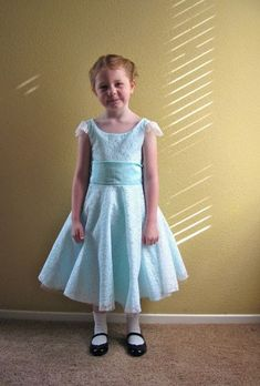 4ec72eb50402b Tutorial- little girl dress based on a vintage 50's party dress. It would  make