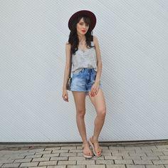 Look shorts jeans verão blog Ela Inspira  - http://www.elainspira.com.br/shaky-ground-look-casual/