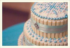 white chocolate kit kat cake