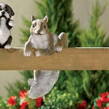 Tilman Squirrel Statue