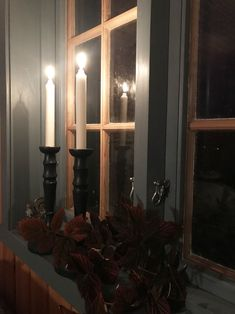 Lys i mørket i den blå sovesalen Candle Sconces, Wall Lights, Candles, Lighting, Places, Home Decor, Lily, Appliques, Decoration Home