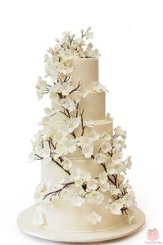 Dogwood Flower Wedding Cake by Pink Cake Box Wedding Cake Images, Amazing Wedding Cakes, Wedding Cakes With Flowers, Elegant Wedding Cakes, Wedding Cake Designs, Cake Flowers, Flower Cakes, Elegant Cakes, Wedding Cake Decorations