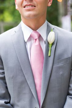 Tulip boutonniere for spring!