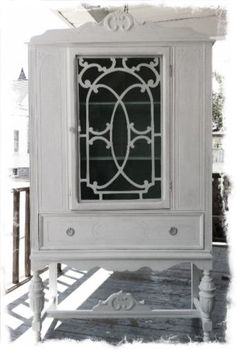 I want one of these for the hall, and fill it full of quilts! Shabby Chic China Cabinet