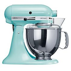 I wonder if Kenwood makes one that looks like this.. Even if they don't.. Me wants one!