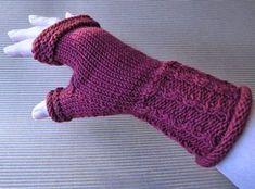 Knit Mittens, Wonderful Things, Handicraft, Fingerless Gloves, Arm Warmers, Knit Crochet, Knitting, Fashion, Hand Crafts
