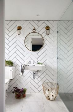 attic renovation master suite Turn Your Attic into the Bathroom of Your Dreams Today – Attic Basement Ideas Source by michael_albaugh Small Attic Bathroom, Loft Bathroom, Ensuite Bathrooms, Bathroom Renovations, Master Bathroom, Small Shower Room, Small Bathtub, Bathroom Plumbing, Bathroom Showers