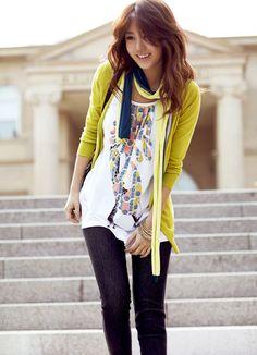 Yoon Eun Hye looks looks great! -Lily.  #asianstyle  #korean #streetstyle
