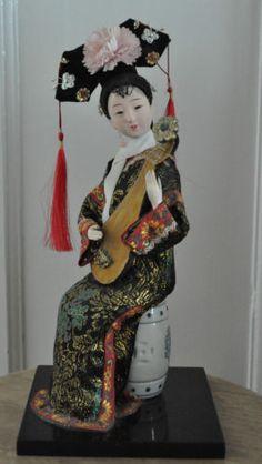 Vintage-Japanese-Geisha-Girl-with-Lute-Mandolin-Ornament-Height-12