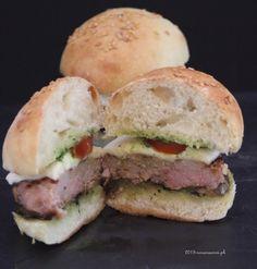BurgerBuns Salsiccia Melanzane Provola Pomodori e Salsa aromatica