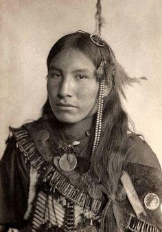 Kills First, Lakota 1898. Photography by Gertrude Kasebier