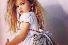 cutie pie, reminds me of my girl when she was a baby Young Models, Teen Models, Child Models, Beautiful Little Girls, Beautiful Children, Beautiful People, Beautiful Women, Cute Fashion, Kids Fashion