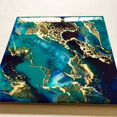 x Abstract Painting - Resin Art - Resin Painting - Abstract Art - Modern Art - Wall Art - Turquoise - Gold - Trivet - Home DecorResin brings out the brightest colours that look like glass 💕✨it's hard to not get a reflection when photographing Acrylic Pouring Art, Acrylic Art, Art Resin, Resin Crafts, Flow Painting, Alcohol Ink Art, Beginner Painting, Modern Wall Art, Your Paintings