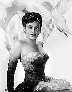 """thelingerieaddict: """" Another gorgeous photo of Lena Horne. fuckyeahfamousblackgirls: """" Lena Horne Lena Horne charmed wartime audiences with her elegant sex appeal, classic glamour and gorgeous. Lena Horne, Vintage Black Glamour, Vintage Beauty, Vintage Soul, Jaclyn Smith, Most Beautiful Black Women, Beautiful Gowns, Beautiful People, Beautiful Voice"""