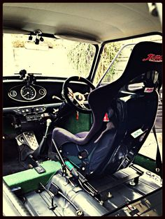 Classic Mini-rally interior