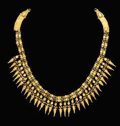 GREEK GOLD STRAP NECKLACE CIRCA 330-300 B.C.