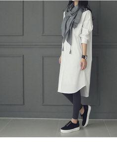Iranian Women Fashion, Older Women Fashion, Muslim Fashion, Womens Fashion, Black Shirt Outfits, Casual Outfits, Fashion Outfits, Hijab Fashion Casual, Fashion Top