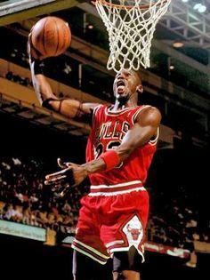 ed5add6f660ba5 Photo of Michael Jordan on the NBA basketball court