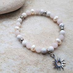 Náramek z říční perly, magnezit, růženín se sluníč / Zboží prodejce JaninaVoda Beaded Bracelets, Jewelry, Fashion, Moda, Jewlery, Jewerly, Fashion Styles, Pearl Bracelets, Schmuck