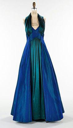 Elisabeth Hawes 1936 1930s Fashion, Moda Fashion, Vintage Fashion, French Fashion, Womens Fashion, Vintage Gowns, Vintage Outfits, Vintage Clothing, Mode Glamour