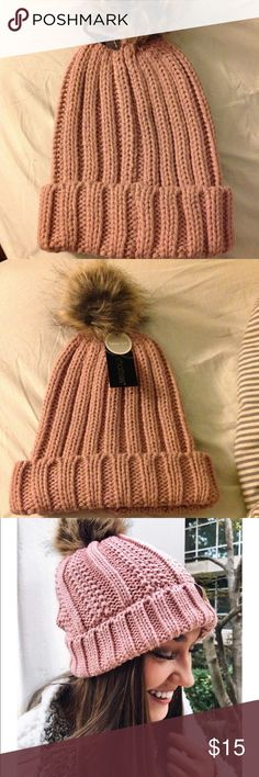 Cute pink Pom Pom knit hat Look stylish and cute this winter with the dusty pink knit hat with faux fur Pom Pom on top.  Supercute 😍 Accessories Hats