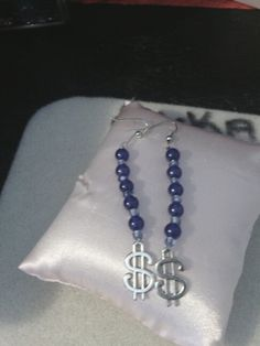 Money lover earrings $6.00