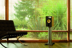 In 600 Series 4 introduced FST midrange drive units for the first time. This unique technology combines with Kevlar to deliver a dramatic uplift in midrange quality, but until now it had only been seen in our audiophile ranges, such as the 800 Series. High End Audio, Hifi Audio, Barcelona Chair, Audiophile, 20 Years, Engineering, The Unit, Technology, Series 4