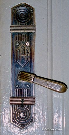 Door Handle and Plate, Peace Hotel (originally Cathay Hotel), Shanghai, China Knobs And Knockers, Knobs And Handles, Door Knobs, Door Handles, Peace Hotel, Wood Floor Pattern, Hotel Door, Design Industrial, Architectural Features
