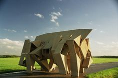 Wind powered creatures that walk by Theo Jansen