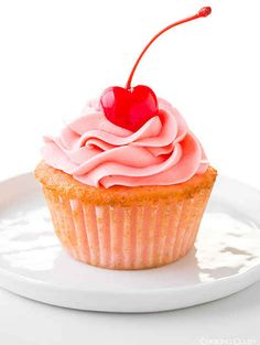 Cherry Almond Cupcakes | 19 Lovely Cupcakes To Make This Valentine's Day