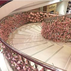 The Home Decor Guru – Interior Design For Bedrooms Decoration Entree, House Goals, Design Case, Stairways, My Dream Home, Future House, Future Wife, Wedding Decorations, Wedding Ideas